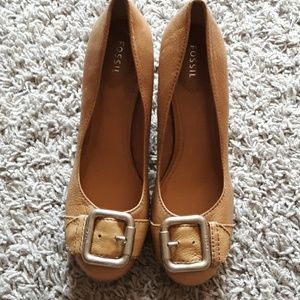 Fossil maddox buckle leather pumps block heel